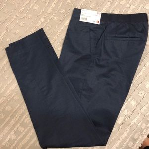 Navy Uniqlo ankle pants